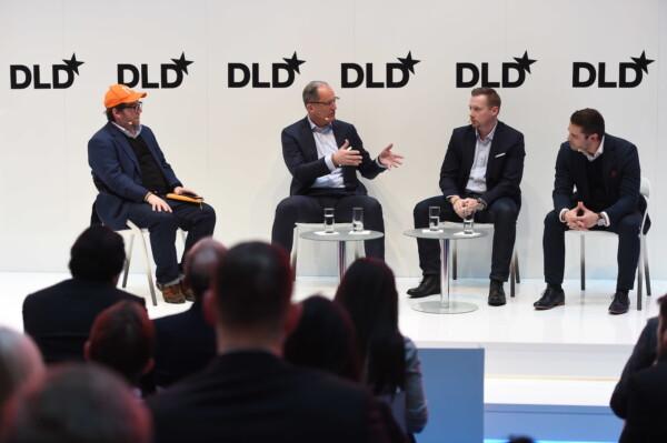 Simon Levene (Mosaic Ventures), Gisbert Rühl (Klöckner & Co), André Schwämmlein (Flixbus), Nikolay Kolev (Deloitte Digital)