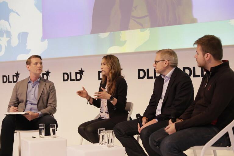 Florian Leibert (Mesophere) / Sara Haider (Twitter) / Guido Appenzeller (VMWare) / Larry Gadea (Envoy)