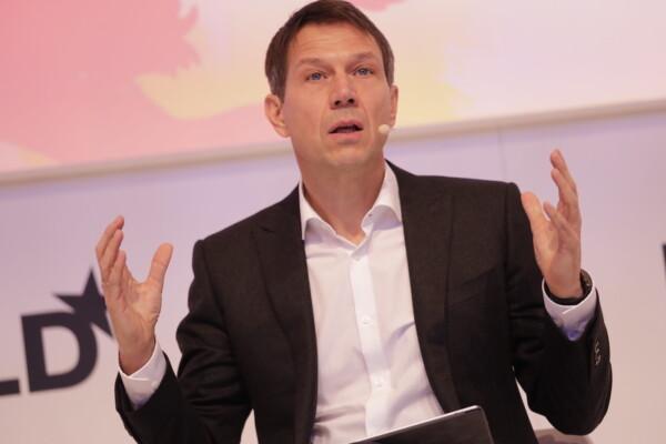 René Obermann, Warburg Pincus International