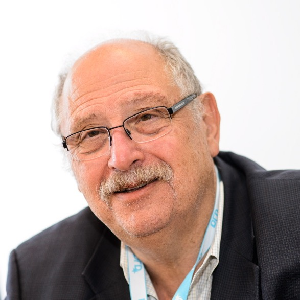 DLD Chairman Yossi Vardi portrait