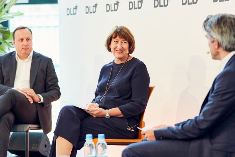 mobility, 5G, connectivity, panel discussion, Hildegard Müller, Markus Haas, Fabian Billing, DLD Summer
